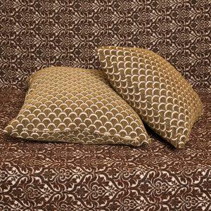 Μαξιλαροθήκη Σενίλ ανάγλυφη 45×45 Νυχάκι Λαδί [3535-205]